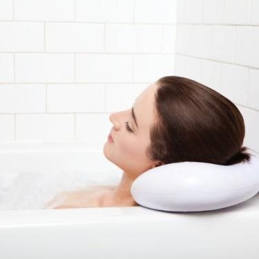 Simply Essentials Spa Bath Pillow with Suction Cups